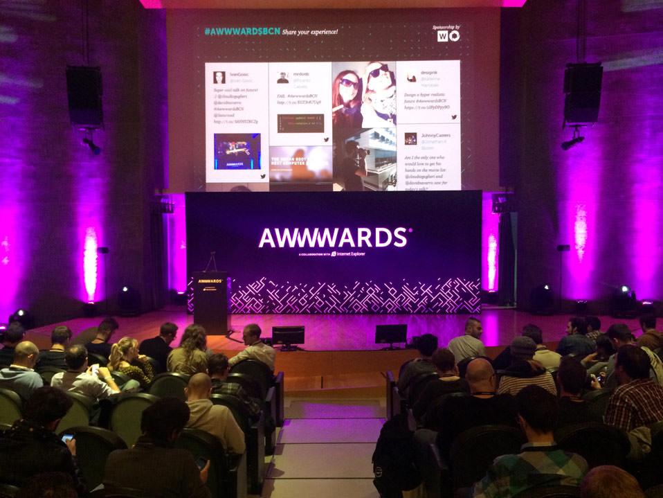 awwwards-conference-barcelona-auditorium_mini